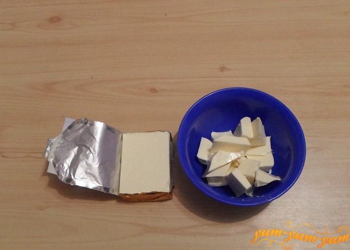 Сырок нарезать мелко добавить в суп