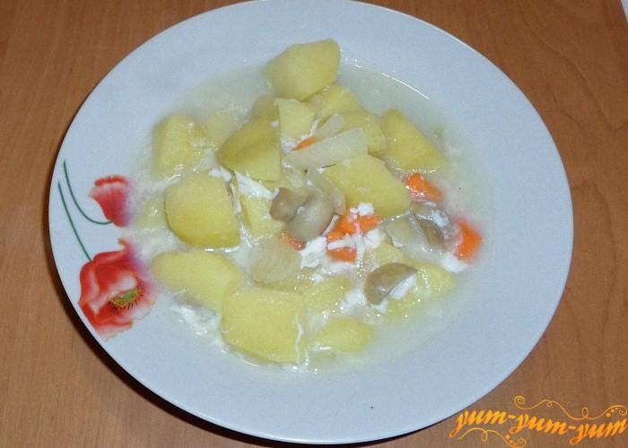 Грибной суп можно подавать к столу