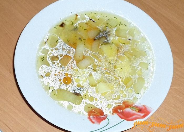 Грибной суп с картофелем подаем к столу