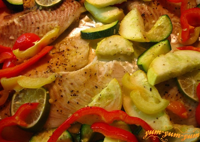 Рыба запеченная с овощами в фольге