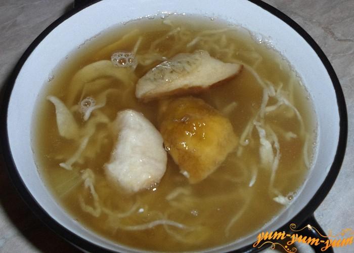 Суп из белых грибов с кислой капустой