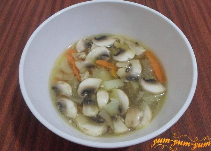 Суп из свежих или замороженных грибов с луком