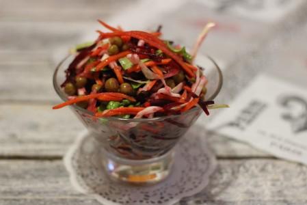 Салат со свеклой и капустой
