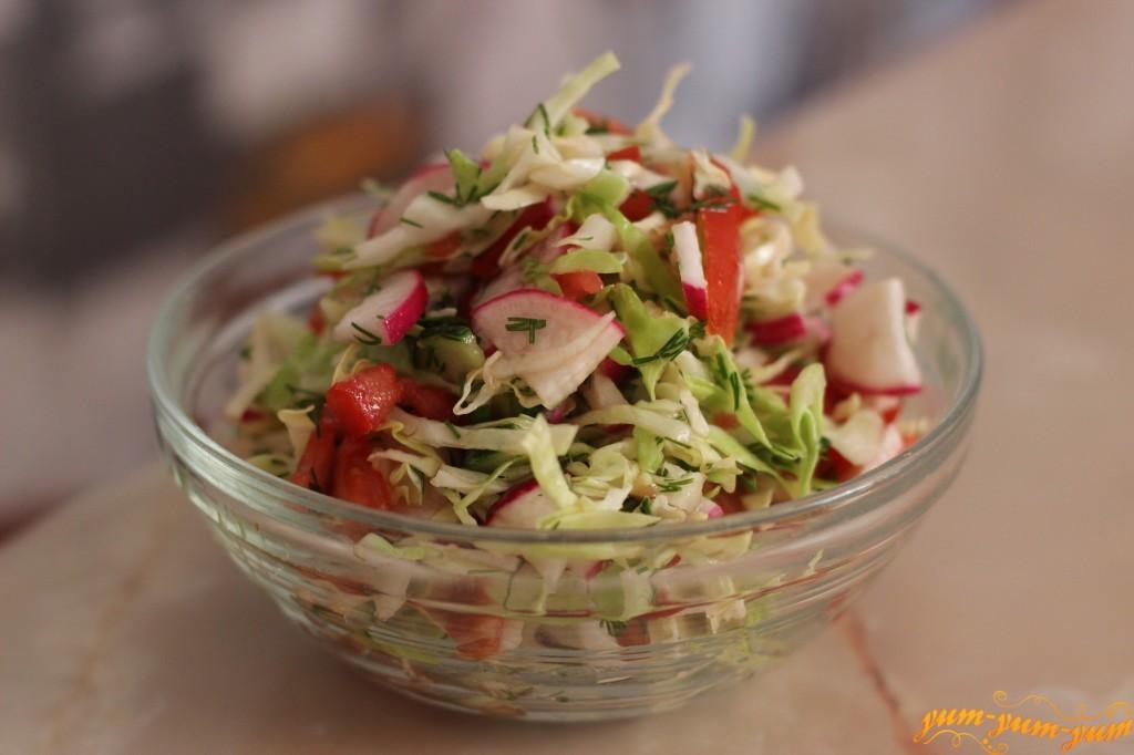 Салат из капусты кукурузы и чипсов