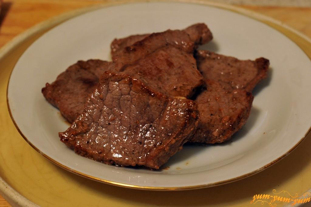 как жарить стейк из говядины на сковороде