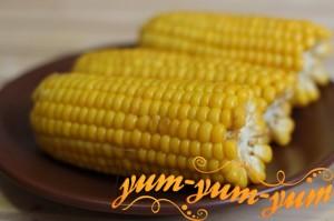 Кукуруза в початках в мультиварке